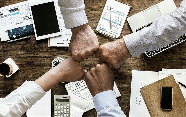 R a marketing czyli jakie są zadania public relations a jakie marketingu