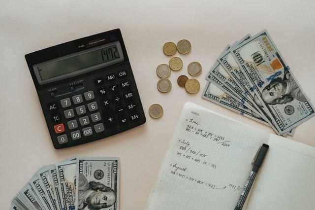 Jak obliczyć VAT z kwoty brutto, jakie zastosować wyliczenia?